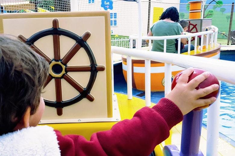 Gardaland Peppa pig land barca isola dei pirati