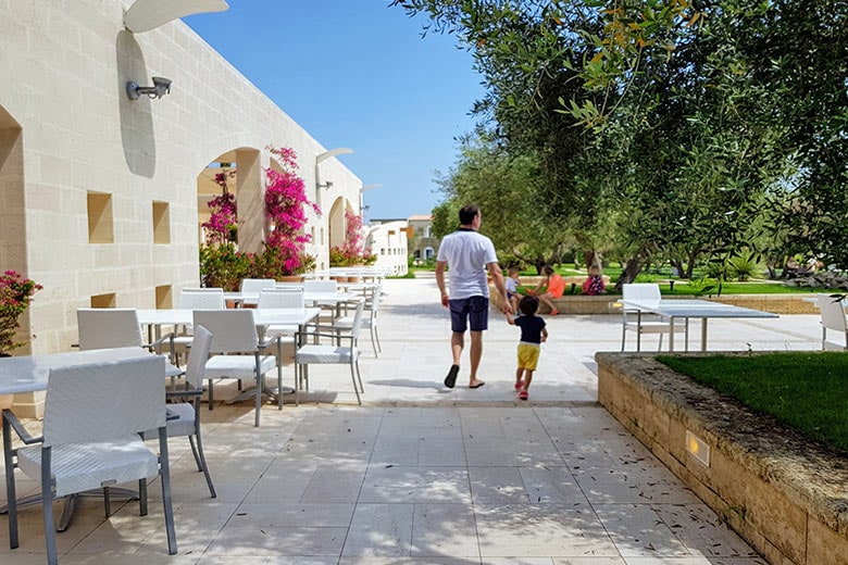 Ugento - Vivosa Apulia resort passeggiata nella struttura