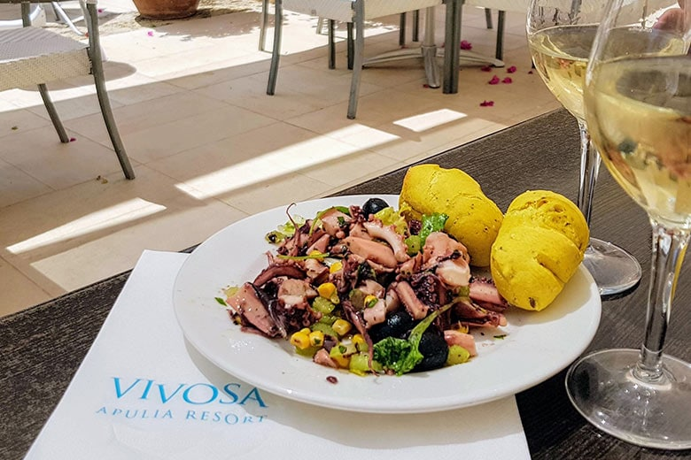 Ugento - Vivosa Apulia resort piatto di polpo