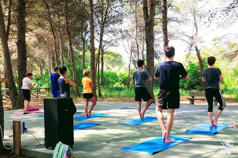 Ugento - Vivosa Apulia resort lezione di yoga nella pineta