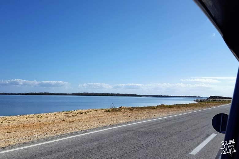Cuba - strada per Cayo Santa Maria