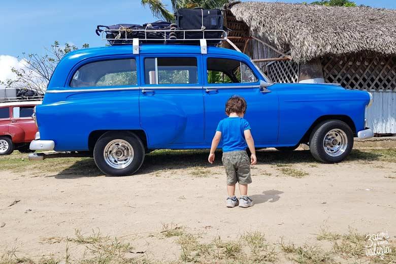 Cuba - Valle Viñales, taxi condiviso