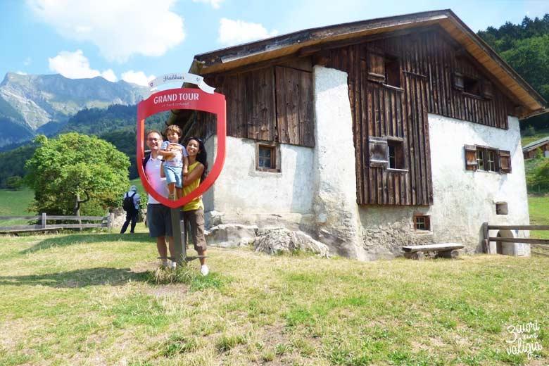 Svizzera - Maienfeld Heididorf casa di Heidi family
