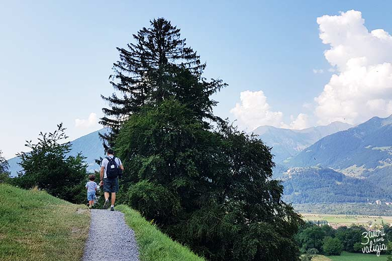 Svizzera - Maienfeld Heididorf sentiero