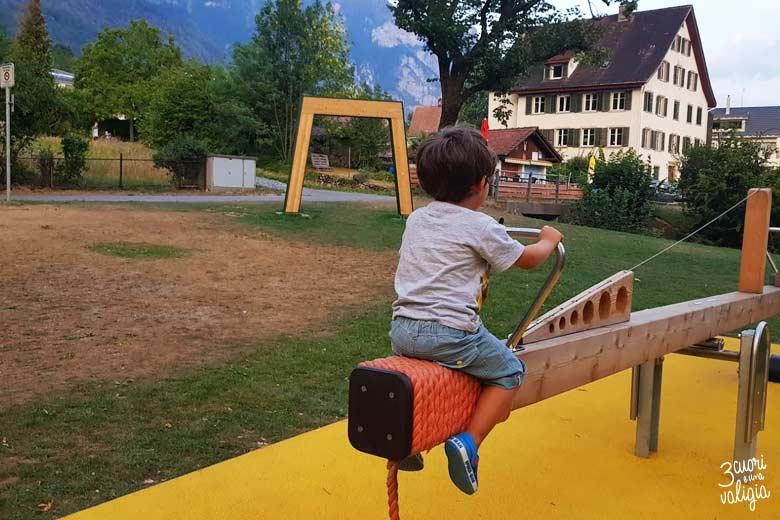 Svizzera - Walenstad, parco giochi lago di Walen