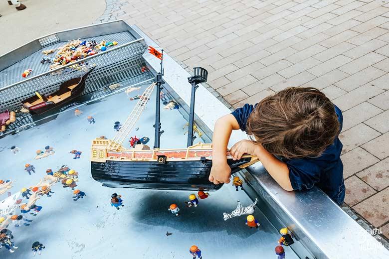 Playmobil con bambini - giochi con l'acqua