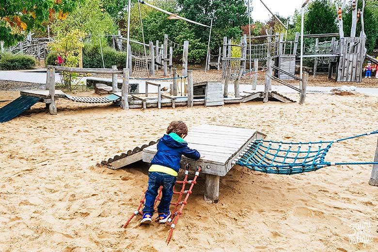 Playmobil con bambini - giochi all'aperto