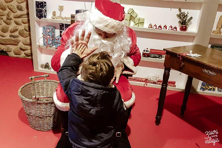 Mercatini di Natale, Ricetto di Candelo - incontro con Babbo Natale