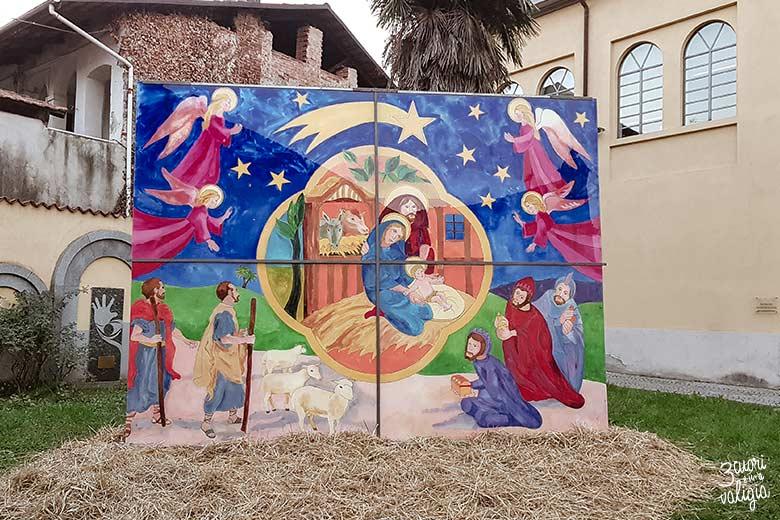 Mercatini di Natale, Candelo - presepe nel cortile della biblioteca