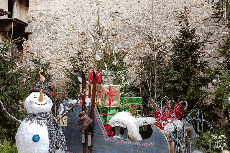 Mercatini di Natale, ricetto di Candelo - pupazzo di neve