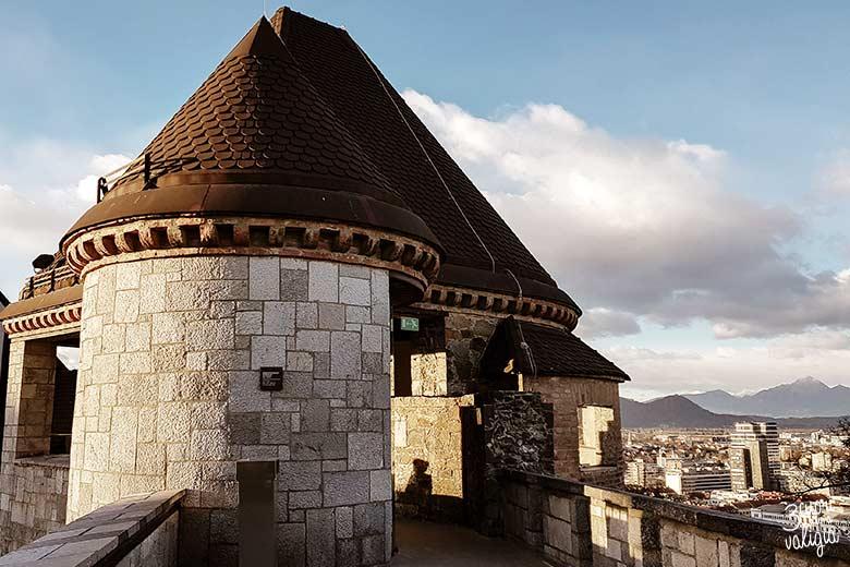 Lubiana con bambini - mura e torri del castello