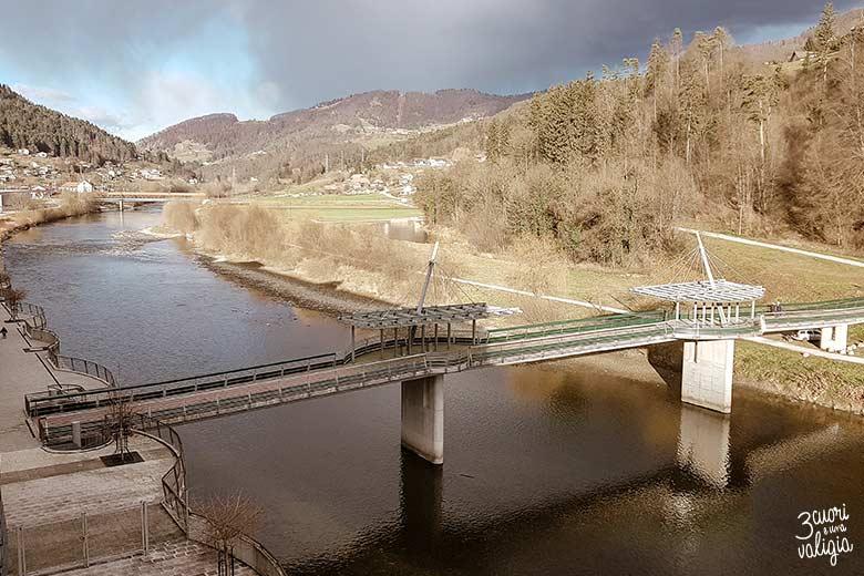 Thermana Park Lasko, ponte sul fiume Savinja
