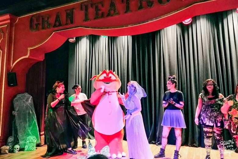 Gran teatro con mascotte di Kandu