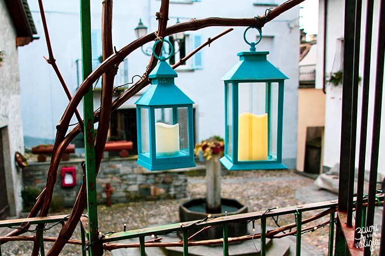 Dove dormire in Val d'Ossola: Lanterne sul balcone del B&B Casa Tomà